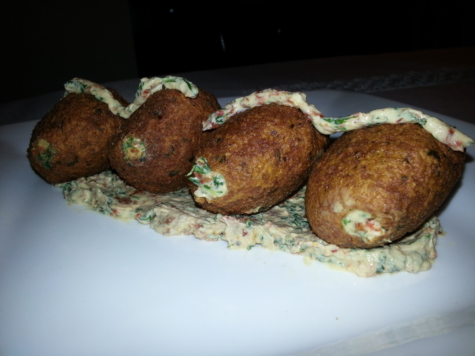 ... how to make a Falafel sandwish with a twist thanks to BelleBeirut