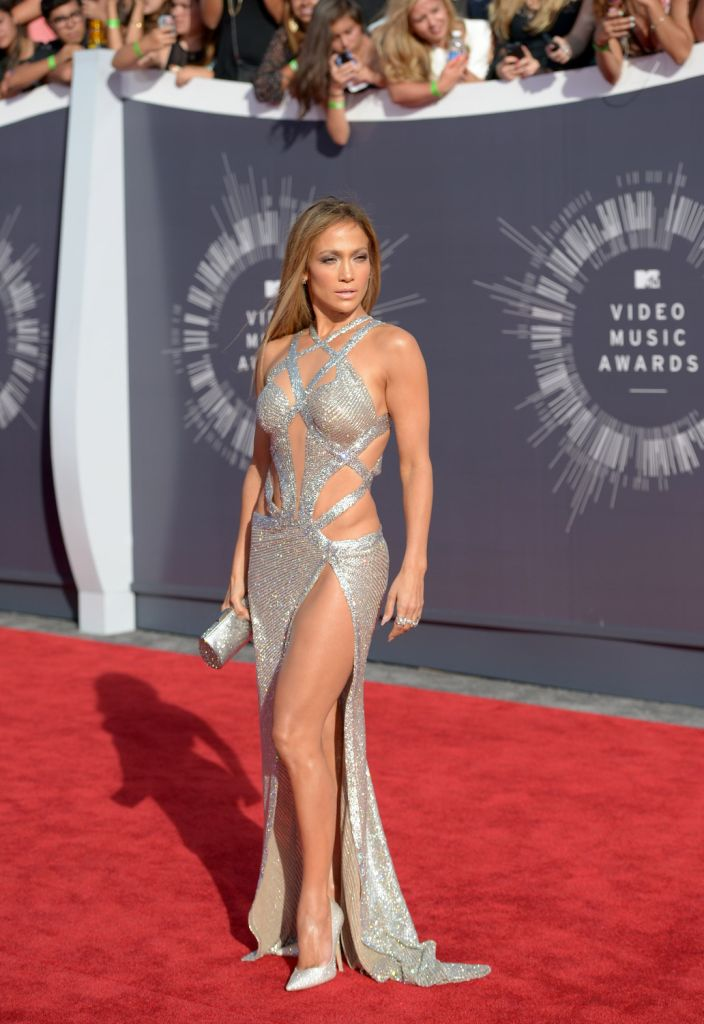 Jennifer Lopez wearing Charbel Zoe at the 2014 MTV VMAs.