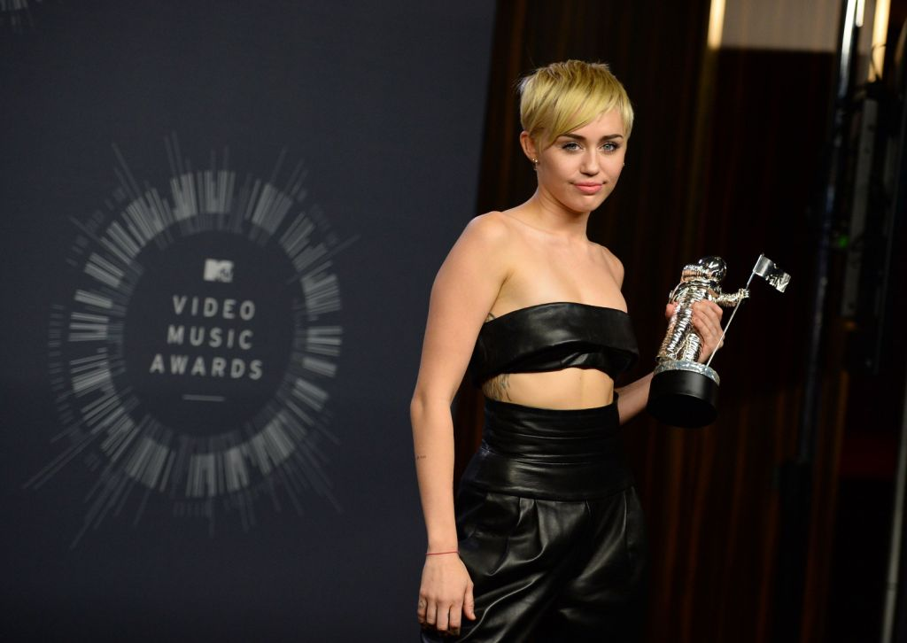Miley Cyrus won the Video of the Year award.